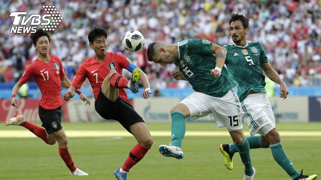 韓國以2:0踢走德國隊。圖/達志影像美聯社 (世足賽) 爆冷贏德國仍無法晉級! 韓球迷怒喊「鞭刑球員」