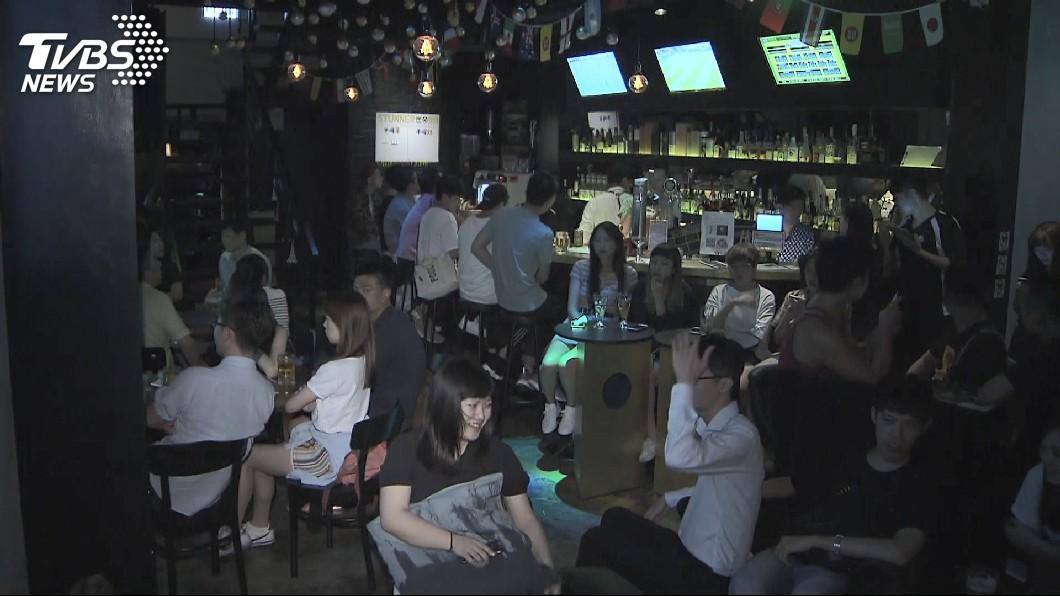 圖/TVBS 世足熱挹注 餐飲業6月營收創6年半新高