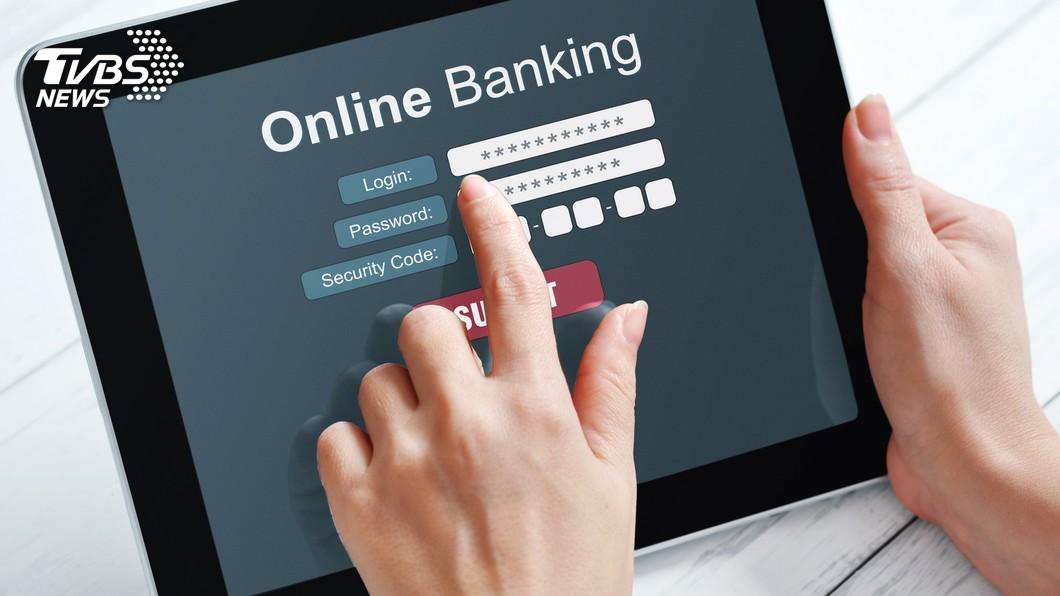 示意圖/TVBS 不用出門跑銀行 下半年網路可開辦定存戶