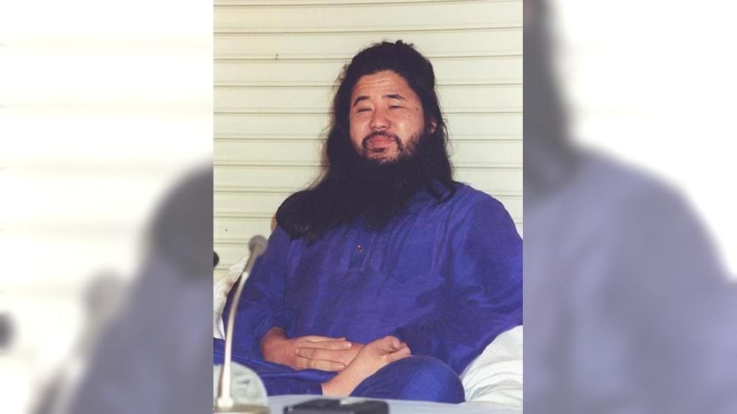 日本邪教教主麻原彰晃今年7月6日遭絞刑。圖/翻攝自うぃーと推特