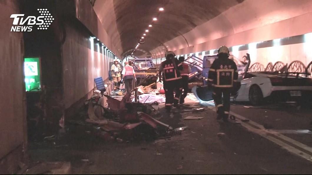 圖/TVBS資料畫面 譴責跑車飆速2死3傷  交通部怒:加強隧道取締