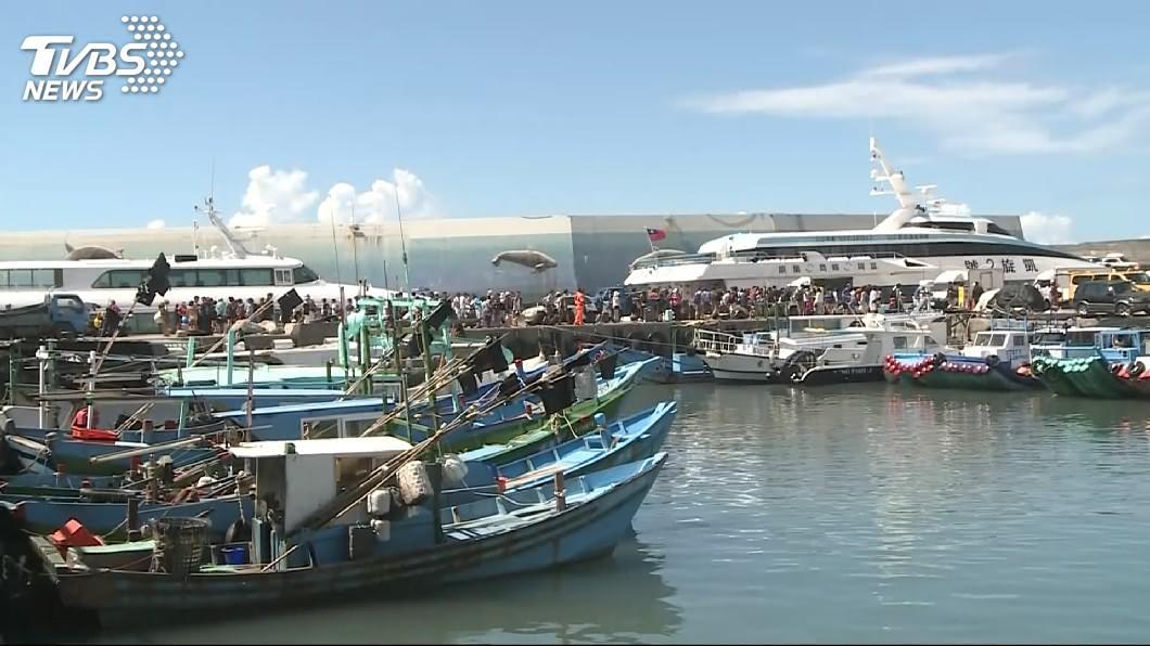 圖/TVBS 颱風白鹿逼近 台東綠島蘭嶼撤離2千多名旅客