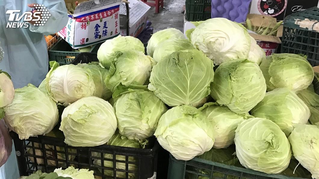 圖/中央社 颱風白鹿來襲 台北蔬菜批發價創8月新高
