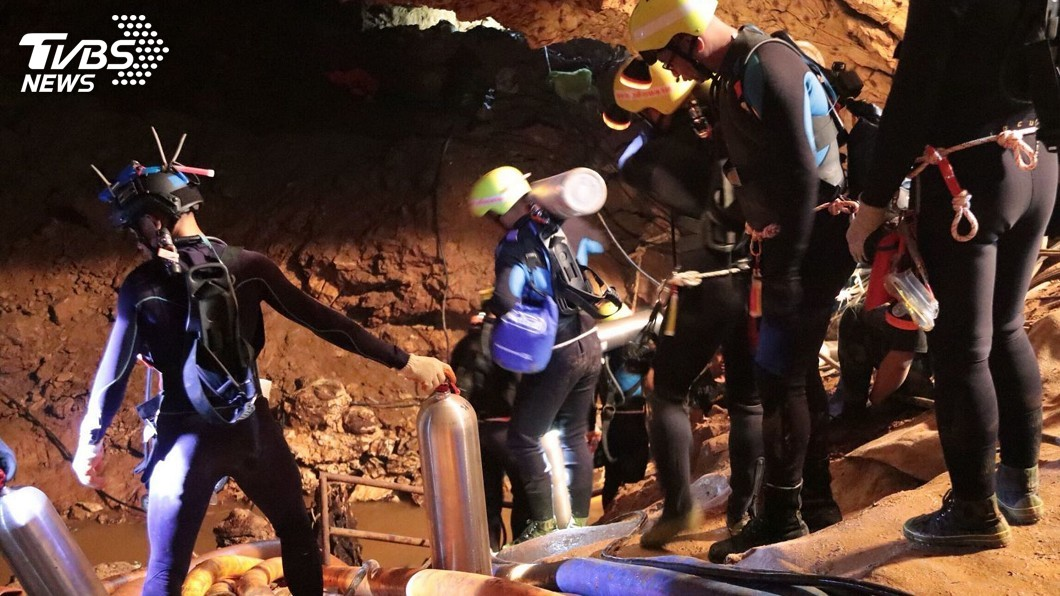 圖/達志影像美聯社 泰洞穴救援 指揮官:將一次救出最後受困5人