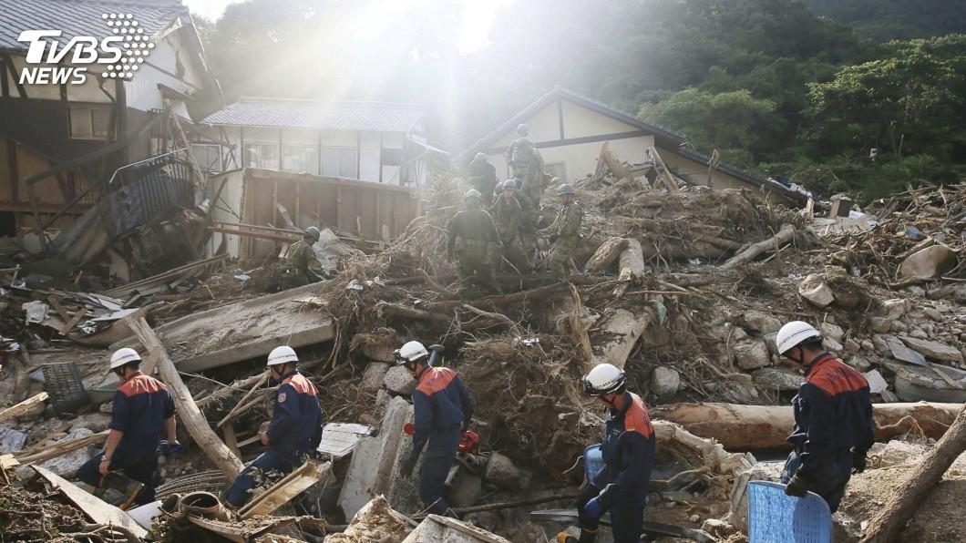 圖/達志影像美聯社 日本破紀錄暴雨肆虐 死亡人數升至199人