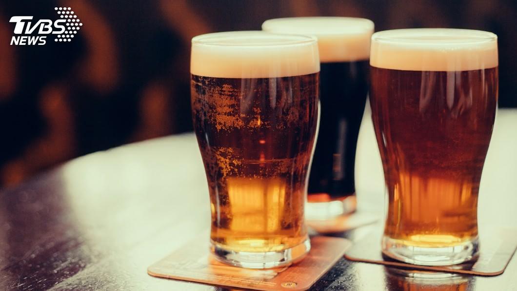 圖/TVBS 啤酒利尿「排出腎結石」?醫師驚:會變胖還加速結石