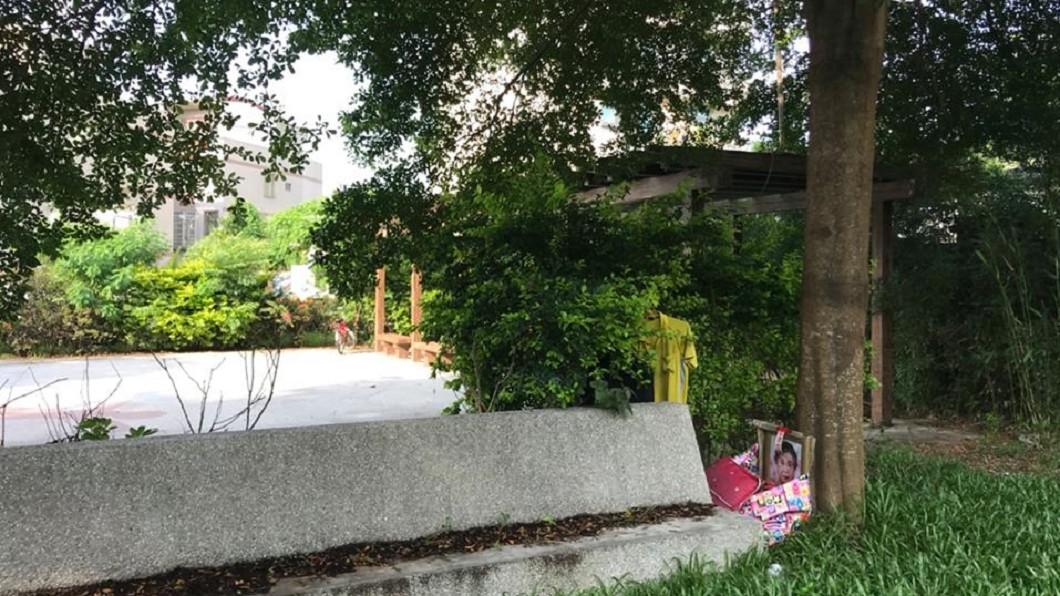 圖/翻攝自臉書「嘉義縣水上鄉公所」 民眾報案「公園驚見阿婆遺照」 背後真相令人心酸