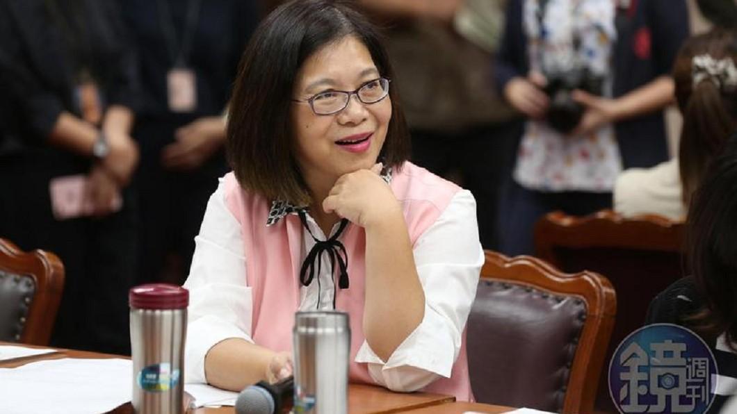 內閣改組宣布日 管碧玲深夜閃退綠委群組