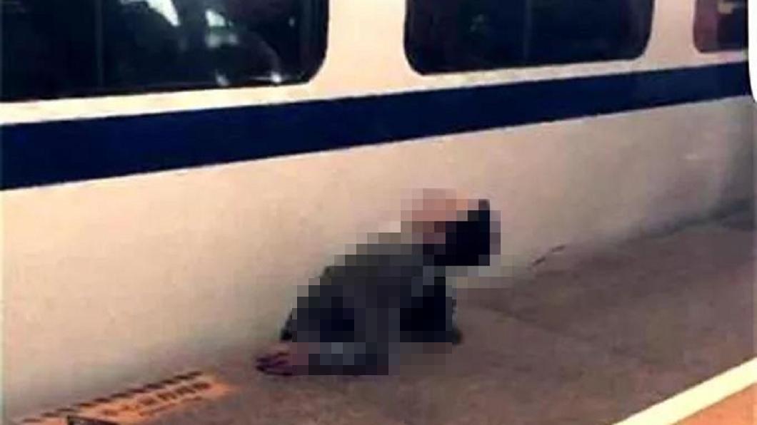 圖/翻攝自微博 男跳鐵軌趕車遭夾死 家屬索賠法院打臉「自己找死」
