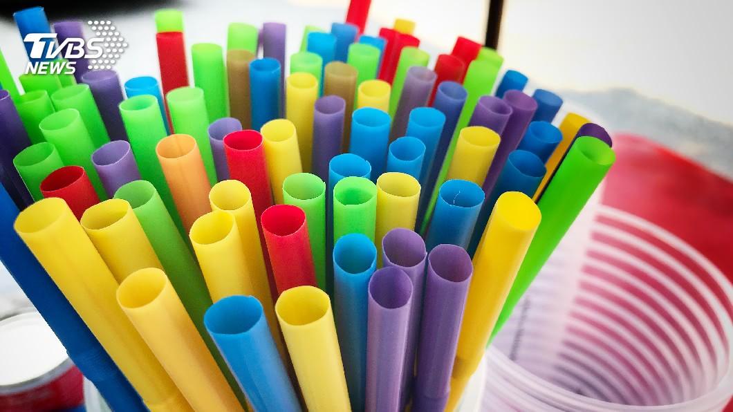 示意圖/TVBS 溫哥華明年4月起禁塑膠吸管 後年起禁塑膠袋
