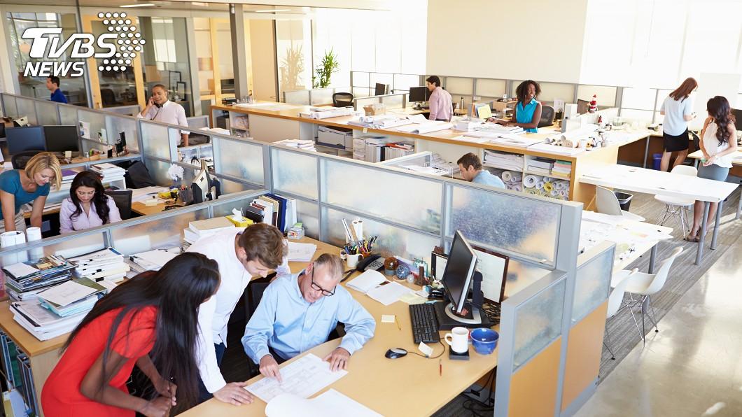 示意圖/TVBS 「週休3日」工作效率暴增! 這家企業決定永久實施