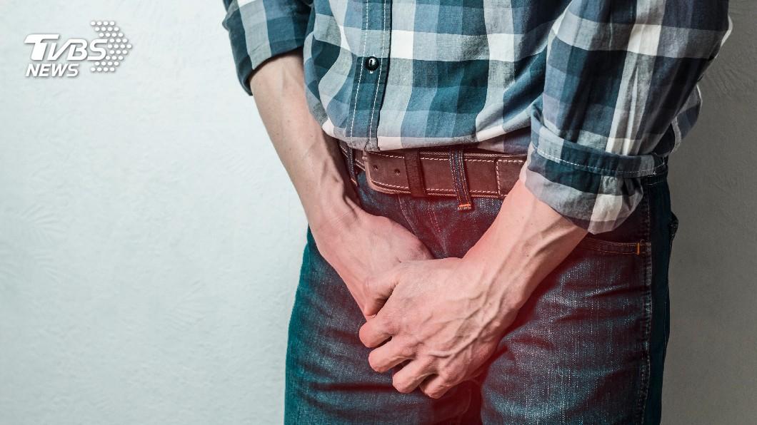 示意圖,非當事人。圖/TVBS 罕見疝氣!翁脹尿就痛 竟是膀胱掉進陰囊