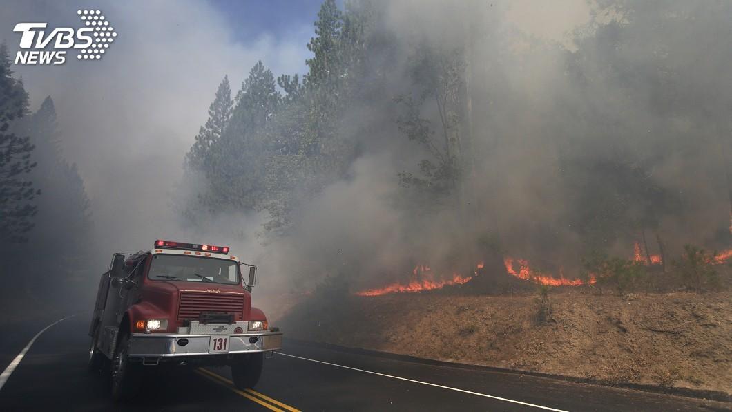 圖/達志影像美聯社 加州野火肆虐 優勝美地國家公園岌岌可危
