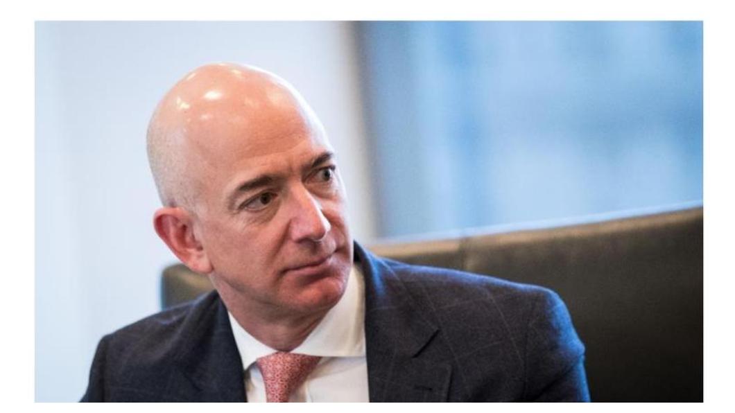 掌握「未來零售」是亞馬遜最大的強項,透過線上線下的虛實整合或混合搭配,成為全球零售業最大強者。每一次看到亞馬遜又買下某一家企業,那一整條產業生態所有的企業都在「挫咧等」!圖/中央社
