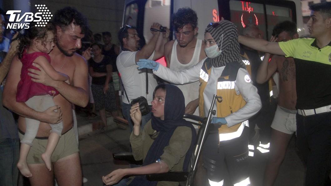 圖/達志影像美聯社 搭載逾百人難民船北賽普勒斯外海沉沒 至少19死