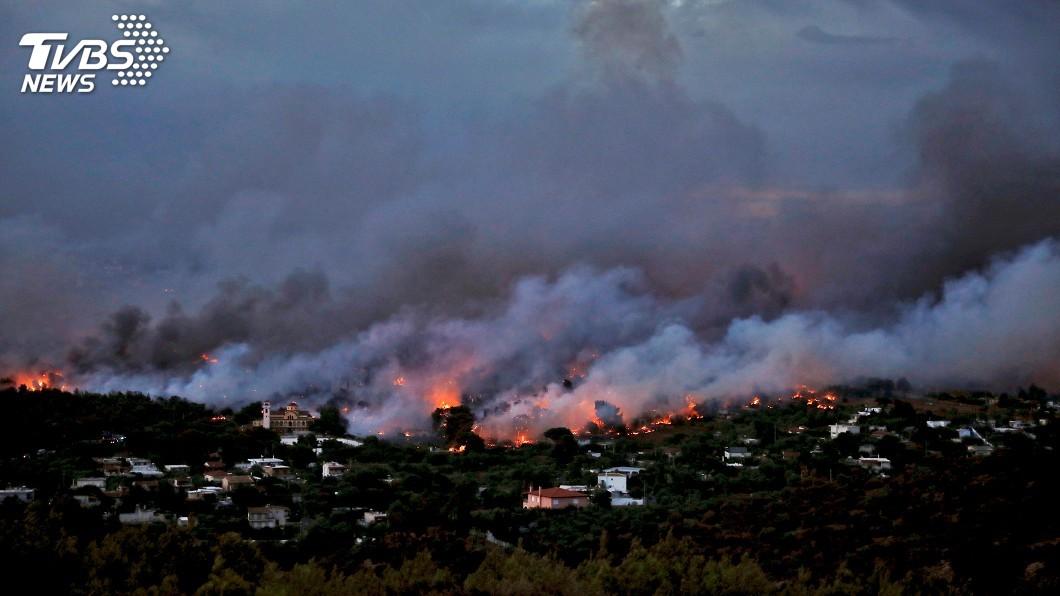 圖/達志影像路透社 歐洲熱浪來襲野火奪命 希臘增至50死170傷
