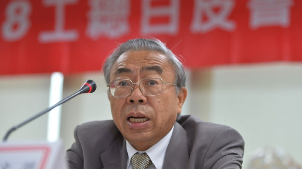 圖/中央社 反對調高基本工資稱年輕人恐失業 王文淵:我很少用錢