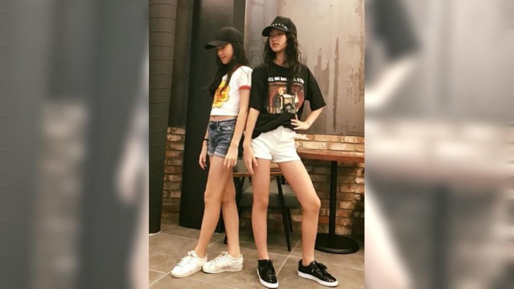 圖/翻攝自小S 徐熙娣臉書 小S女兒超長美腿神基因 網友喊:可出道了!