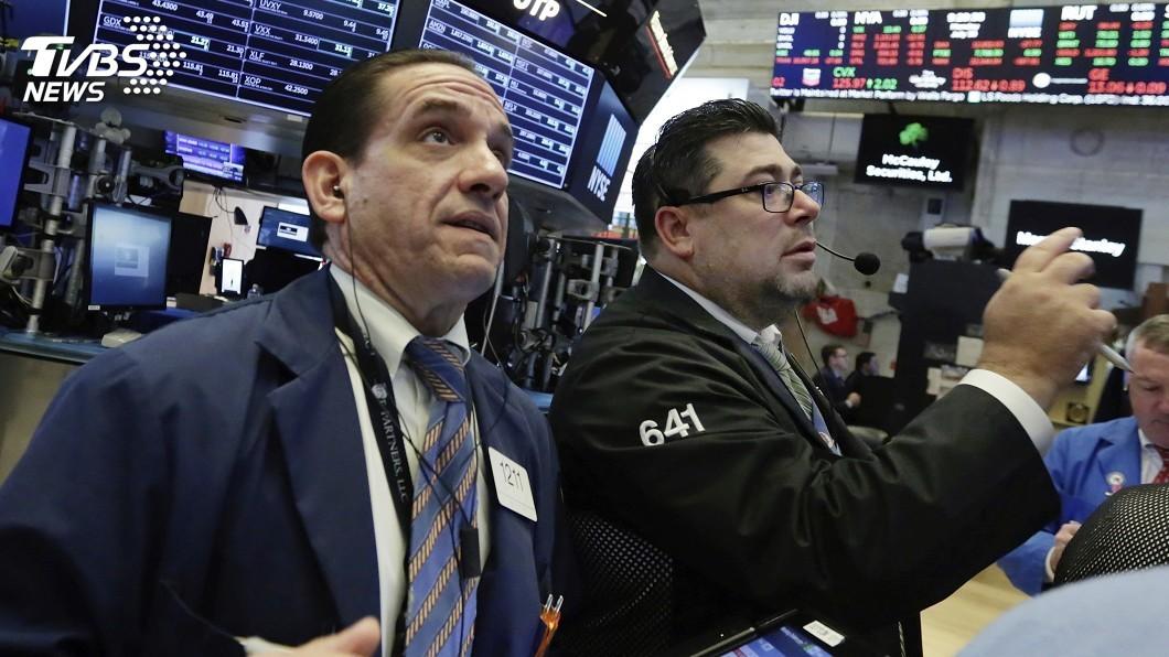 圖/達志影像美聯社 全球股市震盪整理 投信:經濟強勁逢低布局