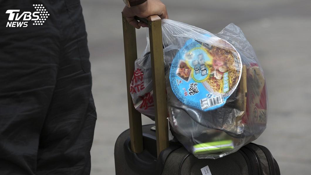 圖/達志影像美聯社 南韓擴大限塑 商場、超市年底起禁用塑膠袋