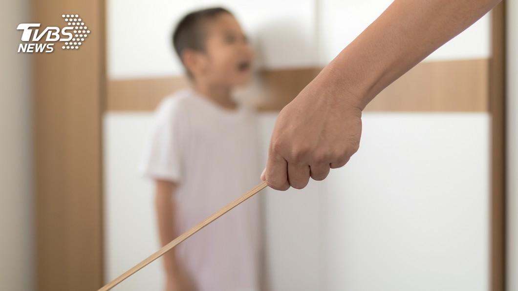 示意圖/TVBS 懷念嗎?每樣都被打過 10大酷刑款打小孩工具