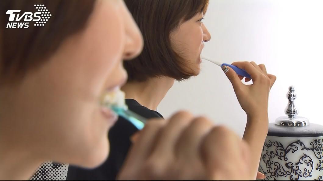 京都同仁堂 刷牙少漱口「防蛀」? 牙醫師:恐吞牙膏中毒