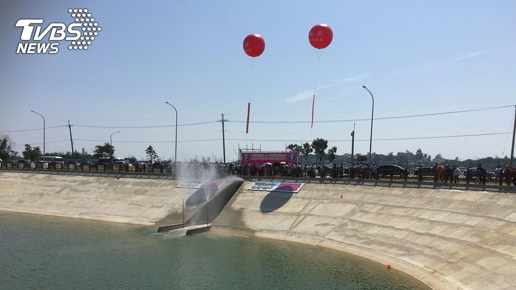 金門縣政府今(5)日舉行兩岸通水儀式。圖/中央社