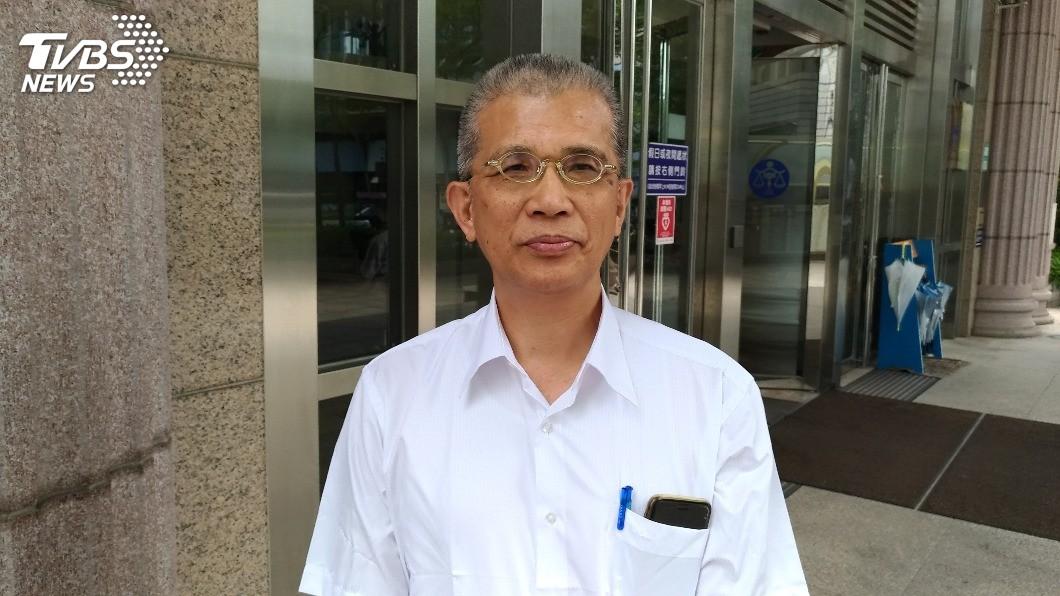 消基會律師吳榮達表示,首波團訟有26名被害人不願作鑑定,對司法、事件灰心是原因之一。圖/TVBS 對司法灰心 八仙塵爆首波團訟1/3人不鑑定