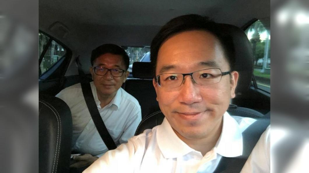 圖/翻攝自陳致中臉書 陳致中感性PO文「難得開車載老爸」 父親節同框陳水扁