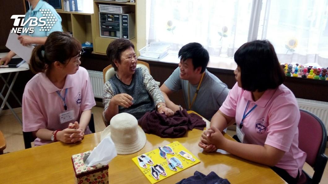 圖/中央社(美和科大提供) 美和學生日本長照實習 看到台日差異
