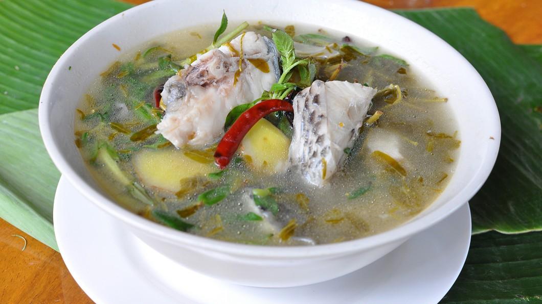 示意圖/TVBS 最愛魚湯?女兒每天煮祭拜亡父 母泣:他根本不能喝…