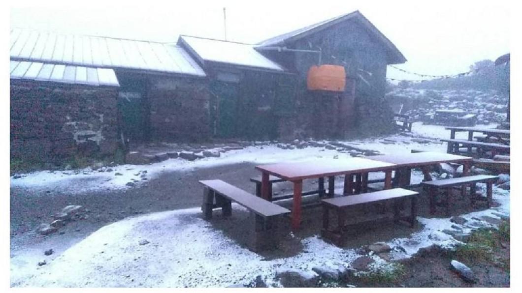 圖/翻攝自大雪山層雲峡・黒岳ロープウェイ臉書