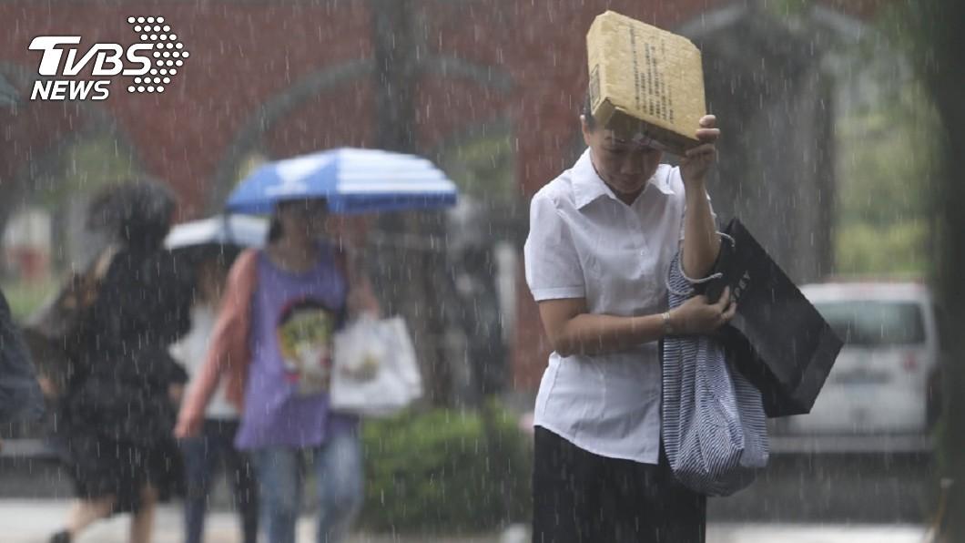 圖/中央氣象局 第20號颱風「西馬隆」最快今生成 19縣市防豪雨