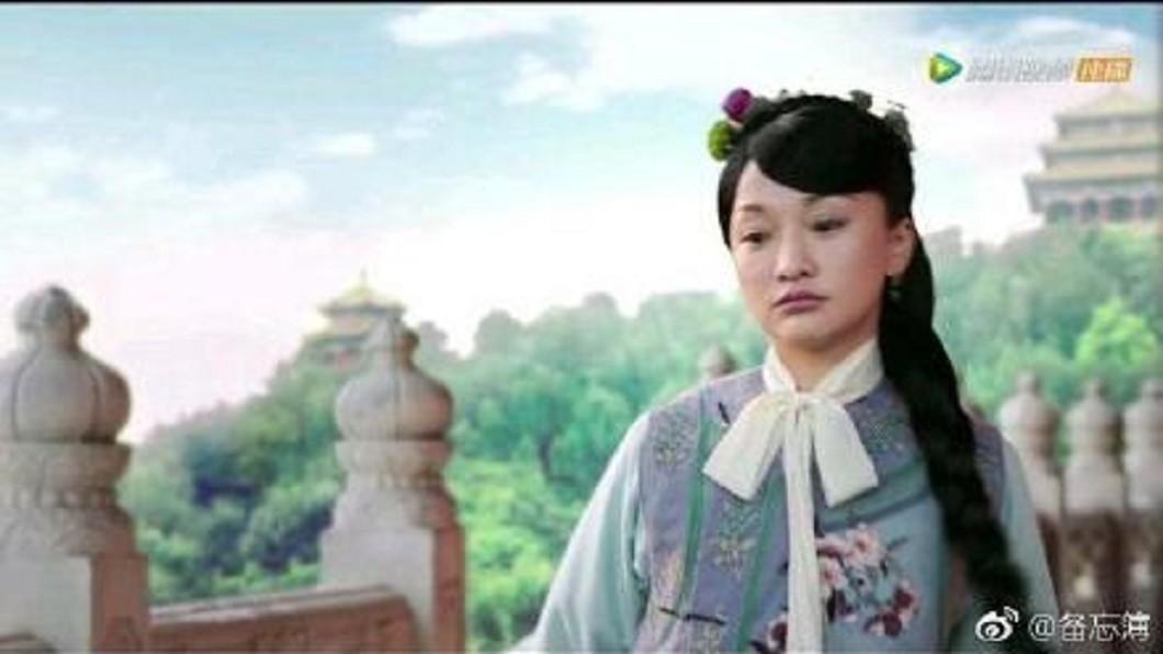 周迅在戲中扮演17歲少女被批裝嫩。圖/翻攝自微博