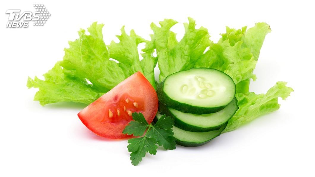 示意圖/TVBS 生菜沒吃完別丟 南韓主婦教你煮「聰明湯」治失眠