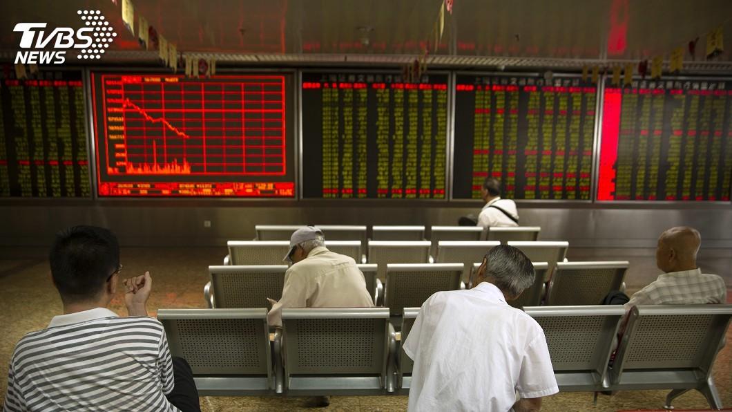 圖/達志影像美聯社 陸股跌破10年線 投信:長期買點浮現
