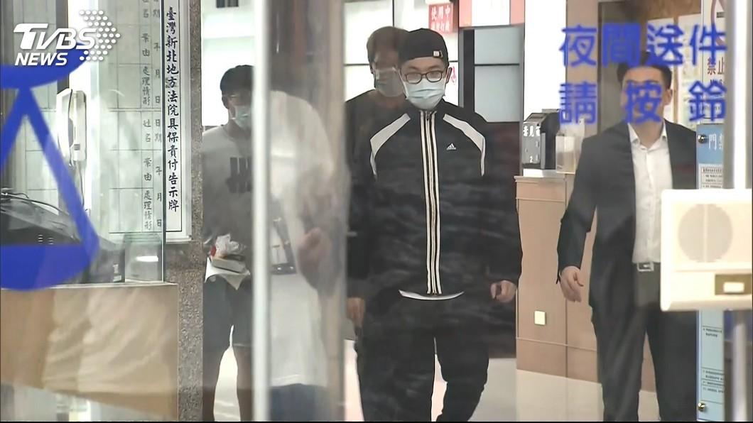 圖/TVBS 買刀台男在分屍時幫把風?律師:這樣怎可能交保