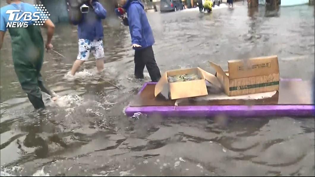 圖/TVBS 豪雨釀災 勞部提供7項災區協助