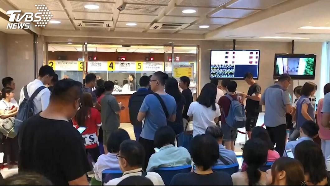 圖/TVBS 泰簽漲470元手續費! 泰代表:紓解申辦潮