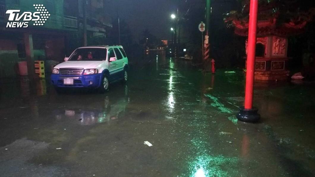 圖/中央社 嘉義掌潭村積水消退 賴清德完成對村民的承諾