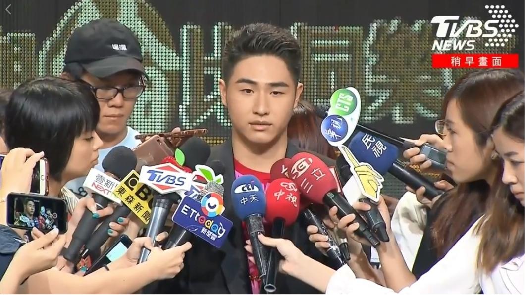 圖/TVBS 吳睿軒跟姊借50萬 自行宣布復出:我不想放棄!