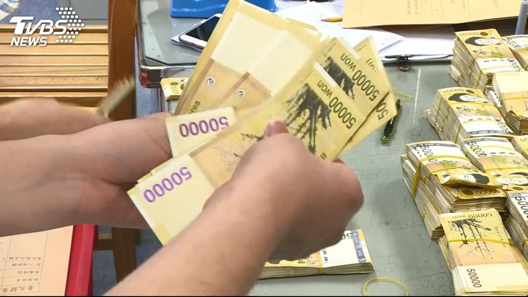 戴子郎說,這次去韓國27天內贏了超過5200萬新台幣。(圖/TVBS)