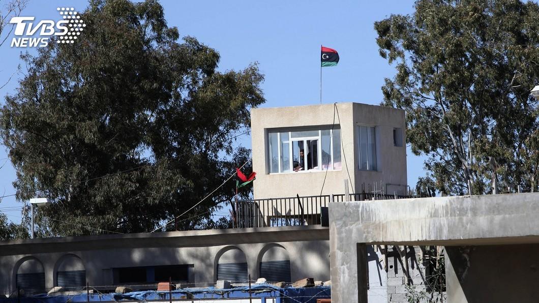 圖/達志影像路透社 利比亞首都南郊監獄暴亂 約400囚逃脫