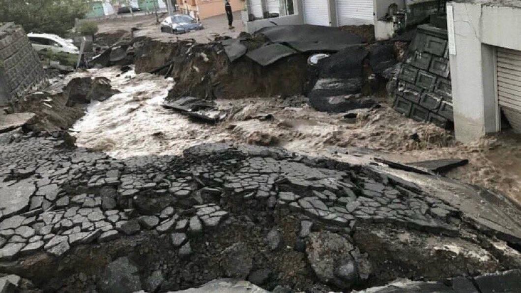 北海道強震造成當地滿目瘡痍。(圖/翻攝自推特)