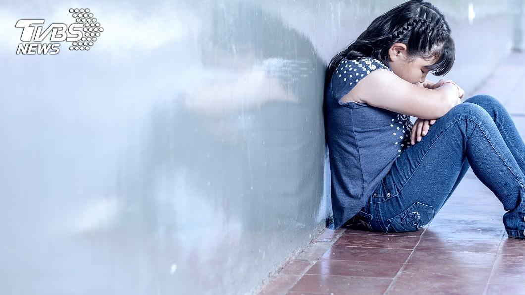 示意圖/TVBS 「我穿媽媽舊內褲」控訴父母重男輕女 少女心寒想輕生