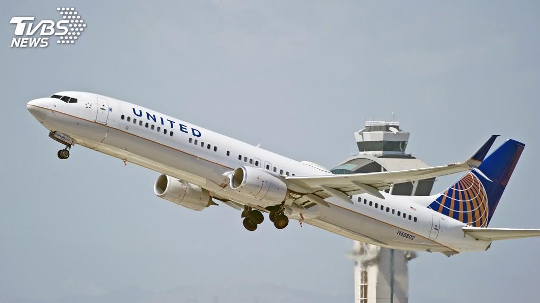 美國聯合航空。圖/TVBS 航行中機長躺頭等艙呼呼大睡 乘客傻眼