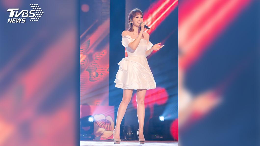 朱俐靜獻唱人氣歌曲《我懂你的獨特》與《存在的力量》,擄獲不少粉絲的心。