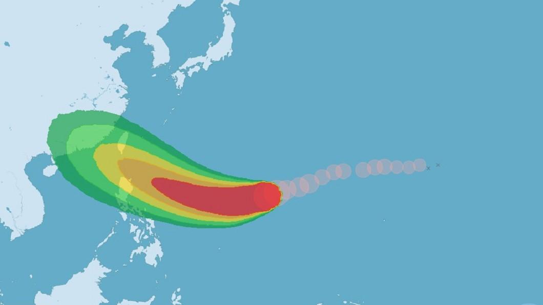 圖/中央氣象局 中颱山竹持續增強 研判未來主要影響東半部