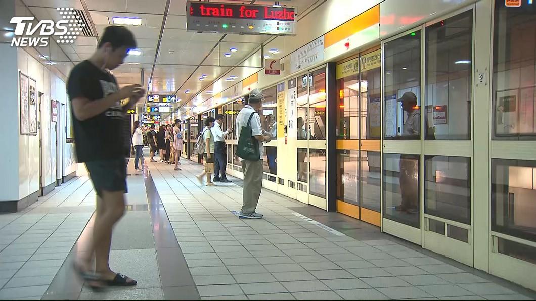 示意圖/TVBS 「憑什麼管我」男童捷運亂丟垃圾 遭警制止竟怒告恐嚇