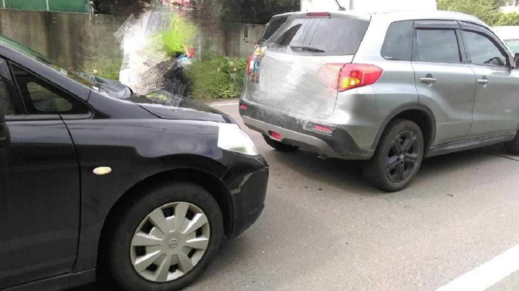 女網友分享自己連續2個月車子都被人撞,讓她直呼超衰。(圖/翻攝自爆怨公社) 女嘆連續2月被撞…意外釣出衰神 1年被撞8次肇責為0